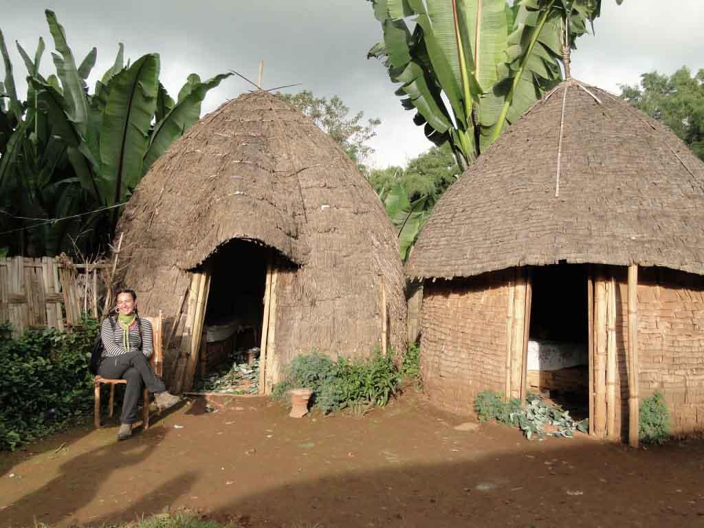 Cabañas para los visitantes en Dorze