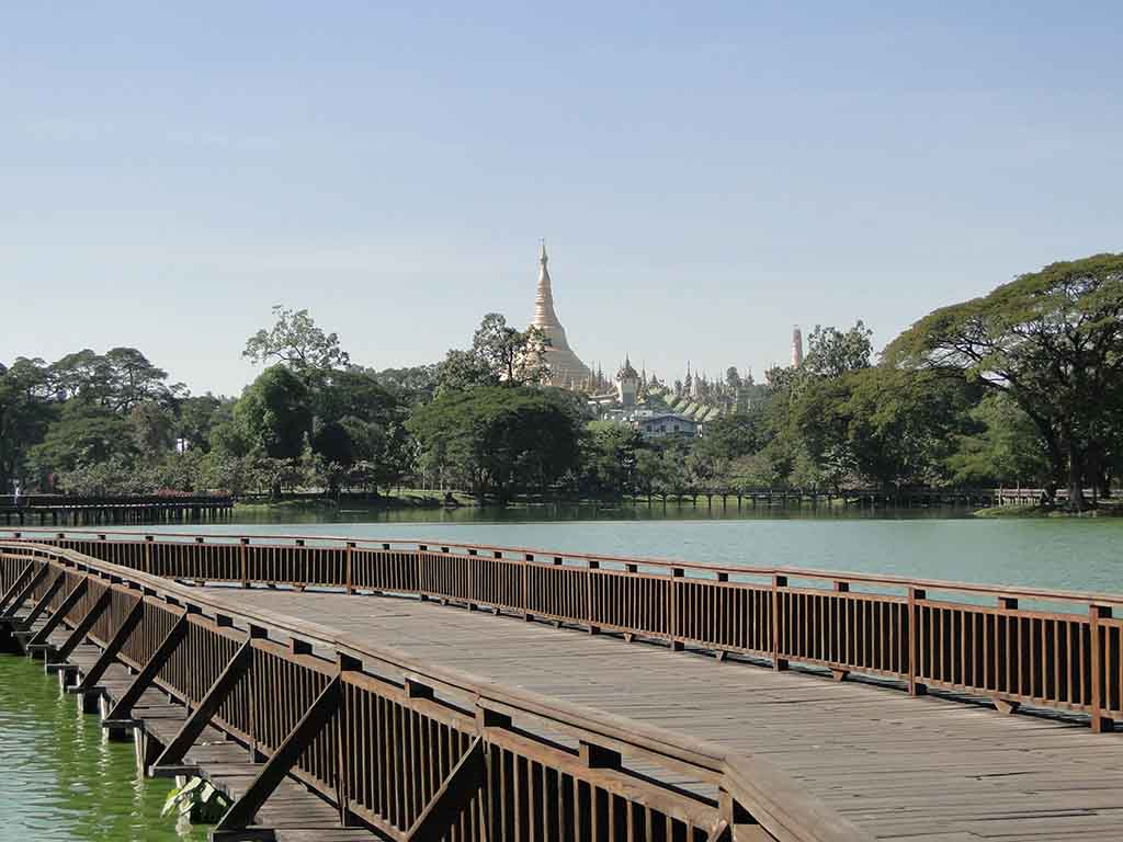 Lago Kandawgyi