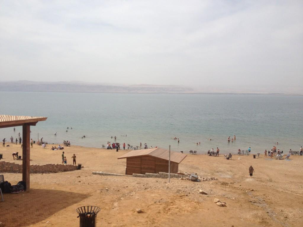 Playa pública Ammán, en el Mar Muerto