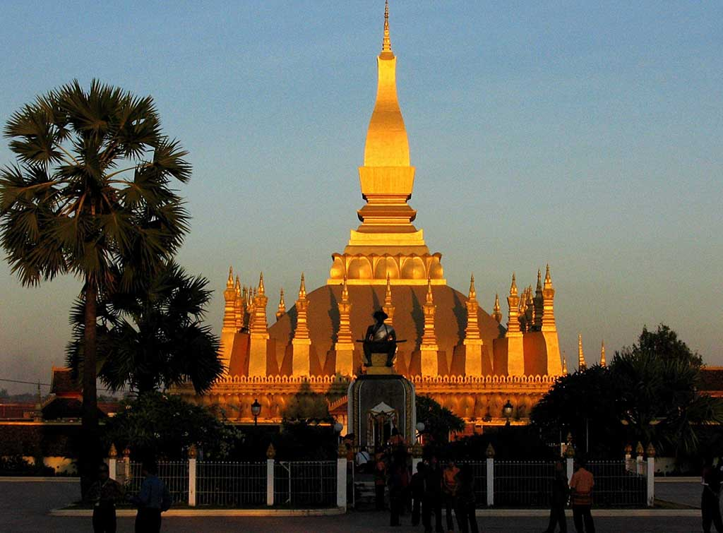 Pha That Luang, el símbolo nacional de Laos, en Vientián