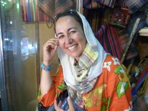 En el bazar de Tabriz, foto hecha por mi contertuliano, un profesor de historia jubilado.