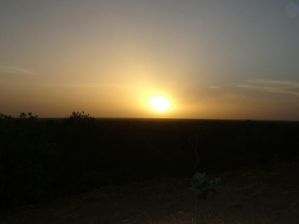 Puesta de sol desde Zaina Lodge