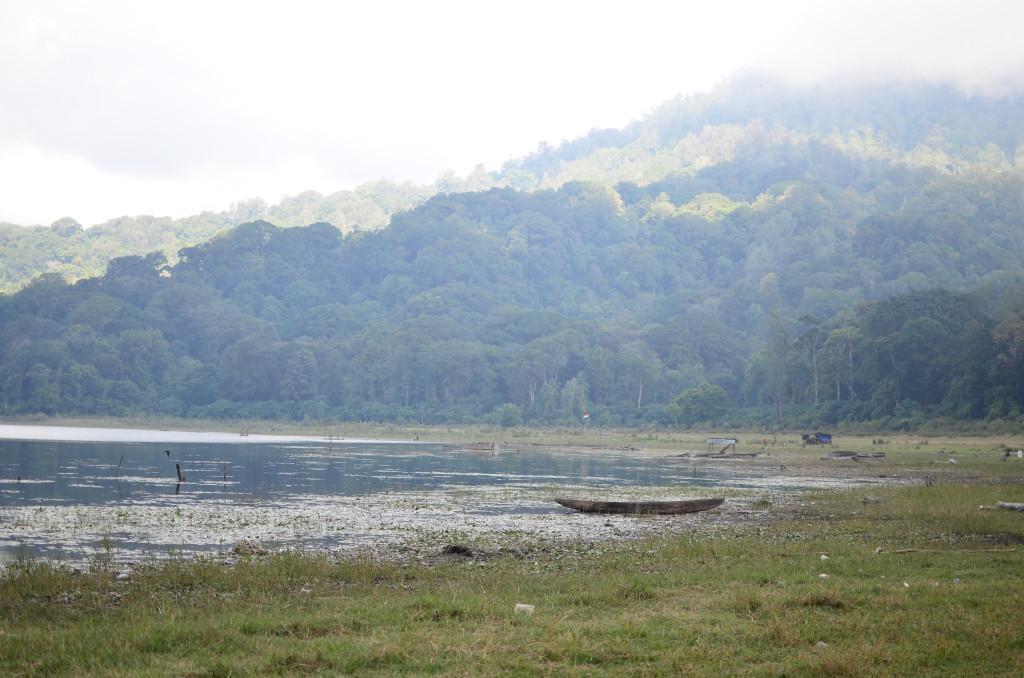 Lago de Munduk