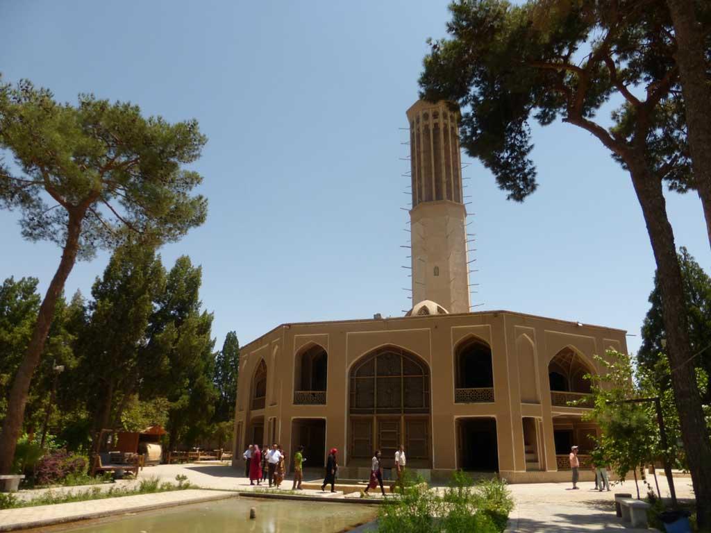 """El captador de viento de """"Dowlat-abad"""" en Yazd, es uno de los más grandes construidos que continúa en pie."""