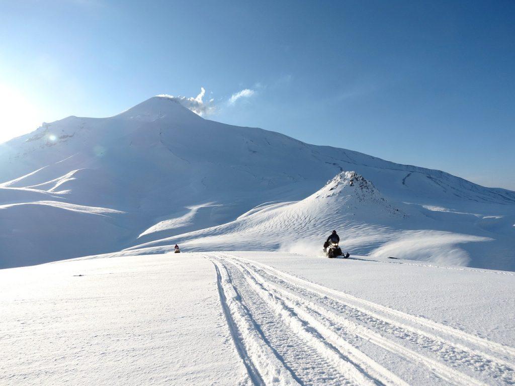 Actividades Andorra, qué hacer en Andorra, moto nieve
