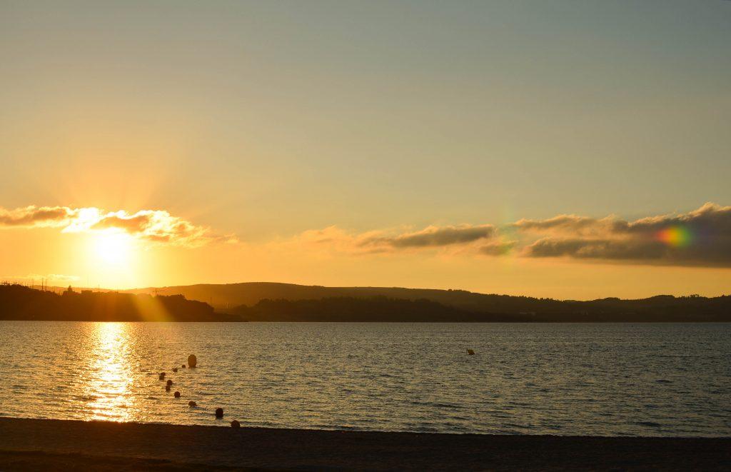 Puesta de sol en el Lago de As Pontes, Galicia
