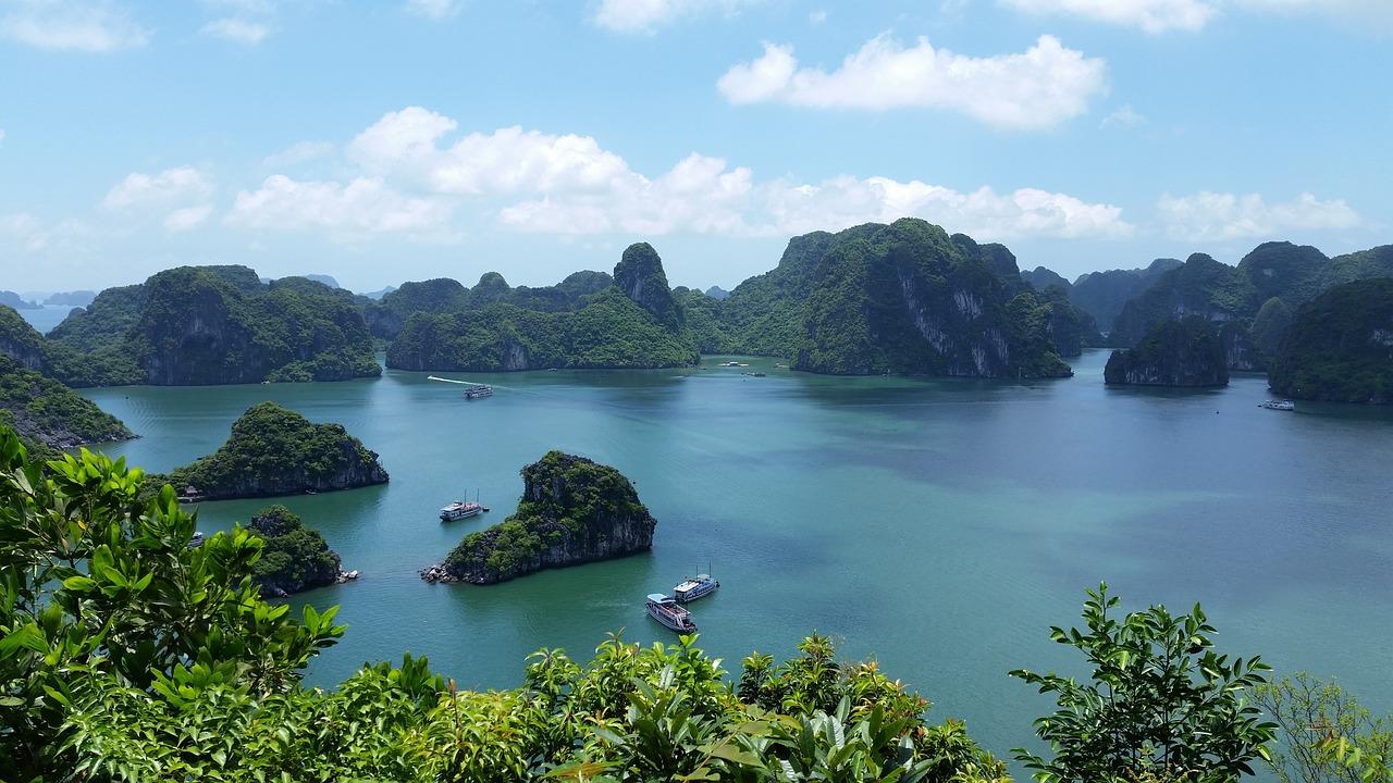crucero bahía de halong, vietnam