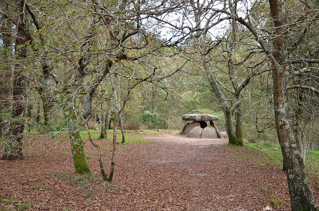 qué ver en Boiro, Arousa, Galicia, dolmen de Axeitos