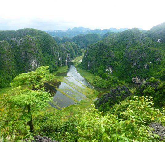 Ninh Binh, Tan Coc, Mua Cave, Vietnam